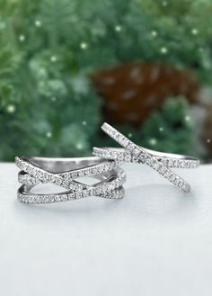 Find the perfect symbol of your love this holiday season. Discover eternity diamond rings, classic bands, and unique styles.