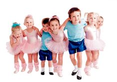 Children's babyballet dance classes in Witney, Didcot, Botley and Summertown. baby ballet lessons for your babies, toddlers and kids. Book a class!