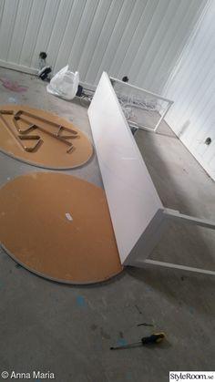 Gammalt bord i ny/gammal tappning - Hemma hos Happy1 Diy Table, Inspiration, Ska, Biblical Inspiration, Handmade Table, Inspirational, Inhalation