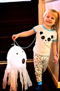 Fun simple Halloween Craft! Balloon Ghosts! ~ Life Sprinkled With Glitter