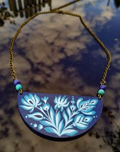 Painted wood jewelry by Boglarka Textile Jewelry, Painted Wood, Painting On Wood, Saddle Bags, Textiles, Fashion, Moda, Fashion Styles, Fabrics