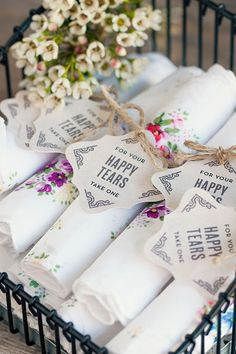 Vintage Wedding Favors Featuring Personalized Neue Retro Favor Tags | Evermine Blog | www.evermine.com