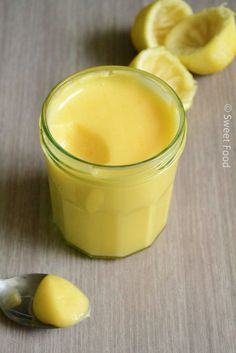 Lemon curd d PierreHermé Cooking Chef, Cooking Time, Cooking Recipes, Creme Dessert, Lemon Curd Dessert, Lemon Curd Recipe, Chefs, Sweet Recipes, Sweet Tooth