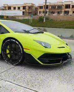 Best Lamborghini, Sports Cars Lamborghini, Futuristic Motorcycle, Futuristic Cars, Super Sport Cars, Super Cars, Tokyo Drift Cars, Pagani Zonda R, Lux Cars
