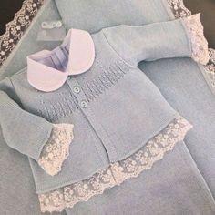 Top-Down Raglan - Diy Crafts - maallure - Pale Pink Baby Sweater. Top-Down Raglan – Diy Crafts – maallure Pull bébé rose pâle. Top-Down Raglan – Diy Crafts – maallure Baby Knitting Patterns, Baby Sweater Patterns, Knitting For Kids, Baby Patterns, Baby Cardigan, Baby Set, Baby Pullover Muster, Diy Crafts Knitting, Baby Sewing