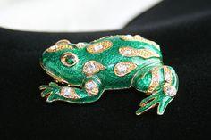 FROG FIGURAL BROOCH Vintage Pin Rhinestones & Emerald Green Enamel Mother's Day