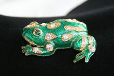 FROG FIGURAL BROOCH Vintage Pin Rhinestones & Emerald Green Enamel Mother's Day