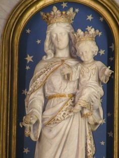 theraccolta:  Mary, Help of Christians