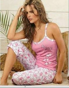 Sleepwear Women, Lingerie Sleepwear, Nightwear, Pajama Outfits, Casual Outfits, Cute Outfits, Lounge Outfit, Lounge Wear, Ropa Interior Boxers