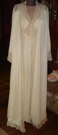 Gorgeous Vintage Peignoir & Nightgown Set by by IsadoraDuncans, $125.00 JUST DON'T GET ANY BETTER THAN THIS! PERFECT WEDDING GIFT! FOR ALL THE JUNE BRIDES!