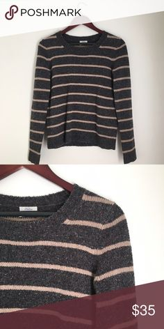 Madewell Striped Cabin Crewneck sweater Gently worn. Great condition. No pilling. Madewell Sweaters Crew & Scoop Necks