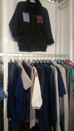 Wardrobe Rack, Knitwear, Fabrics, Furniture, Home Decor, Tejidos, Decoration Home, Tricot, Room Decor