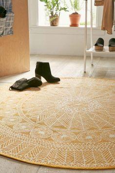 teppich rund gelb schönes muster wohnideen textilien