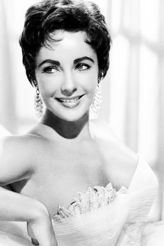 """Elizabeth Taylor in a publicity photo for """"The Last Time I Saw Paris"""", 1954."""