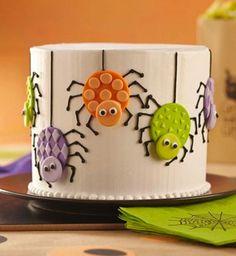 Gâteau d'Halloween : les araignées en pâte à sucre