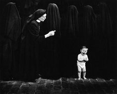 Pedro Luis Raota - Inspiration from Masters of Photography Gouache, Street Photography, Art Photography, Short People, Thing 1, Documentary Photography, Photo Black, Vintage Photographs, Great Photos