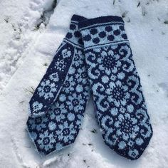 Welcome to JennyPenny Sweden AB Knitted Mittens Pattern, Fair Isle Knitting Patterns, Knit Mittens, Knitting Charts, Knitted Gloves, Knitting Designs, Knitting Projects, Wrist Warmers, Diy Clothing