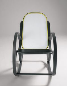 Rocking chairs gliders on pinterest rocking chairs for Yellow schaukelstuhl