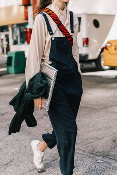 Look Your Best With This Fashion Advice – Fashion Trends Look Fashion, Korean Fashion, Winter Fashion, Fashion Outfits, Womens Fashion, Fashion Trends, Outfits Jeans, Fashion Sale, Fashion 2018