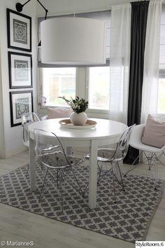 olohuone,tuolit,vaaleanpunainen,valkoinen,harmaa