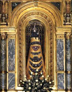 La preghiera dell'Angelus. Si prega a mezzogiorno.