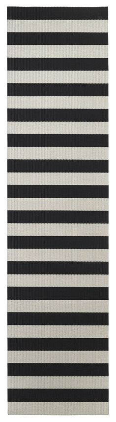 Woodnotes Big Stripe is a combination of 10 cm wide stripes that create a play of colours, giving rhythm and structure. It brings simple but striking geometric design into modern interior. The Big Stripe carpet is available in 24 colours and the colours c Striped Carpets, Wide Stripes, Less Is More, Modern Interior, Different Styles, Scandinavian, Suit, Colours, Play