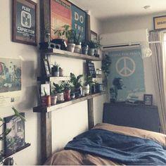 0611さんの、niko and… ,ポスター,セリア,観葉植物,発泡スチロールレンガ,2×4材,1K,一人暮らし,ディアウォール,DIY棚,ベッド周り,のお部屋写真