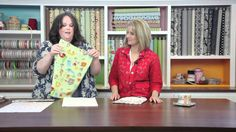 Making Our Own Baby Bibs - Keeping u n Stitches Quilting Baby Boy Bibs, Toddler Bibs, Sewing Tutorials, Sewing Projects, Sewing Ideas, Video Tutorials, Baby Bibs Patterns, Quilt Patterns, Baby Gifts To Make