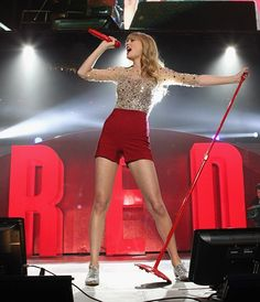 Happy 23rd Birthday, Taylor Swift! Our Favorite Swifty Lyrics, Complete With Concert Pics!
