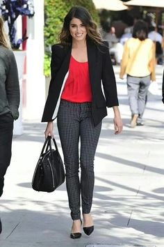 Outfit ideas for Valentine's day http://www.mursway.com/2015/02/outfit-ideas-for-valentines-day.html