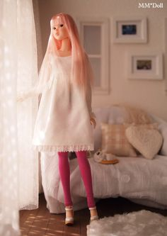 MM * Doll | love the details of the setting!