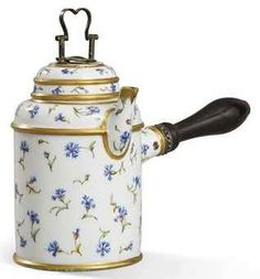 Chocolatière porcelaine de Sèvres XVIIIe