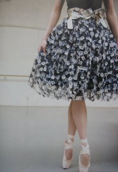 very pretty skirt