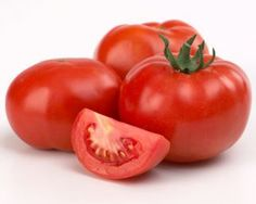 Homemade Skin Remedies Using Tomatoes