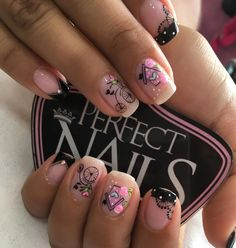 La imagen puede contener: una o varias personas, primer plano y texto Love Nails, Fun Nails, Pretty Nails, Cute Pedicure Designs, Nail Designs, Cute Pedicures, Nail Decorations, Nail Manicure, Little Things