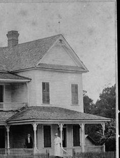 Summit, 1920s.  The Josephine Hotel owned by Miss Bessie Nichols. :: Vanishing Georgia