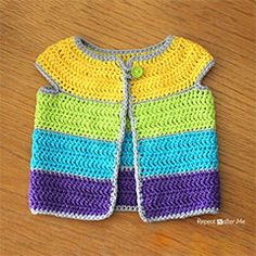Cap Sleeve Cardigan Crochet Pattern - Repeat Crafter Me Check out this adorable cap sleeve cardigan Repeat Crafter Me made with Modern Baby. Baby Cardigan, Baby Pullover, Toddler Cardigan, Toddler Vest, Striped Cardigan, Crochet Girls, Crochet Baby Clothes, Crochet For Kids, Crochet Motifs