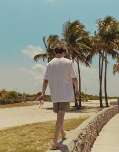 Taeyong in Miami Nct Taeyong, Winwin, Jaehyun, Nct 127, Johnny Seo, Yuta, Fandoms, Jisung Nct, Landscape Photography
