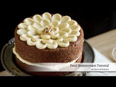 Petal Buttercream Tutorial - cheat petals, just pipe and use offset to spread petal