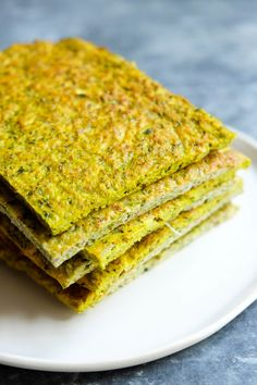 I've made this recipe a million times already, it's THAT good! I swear I'm  buying up all the broccoli stocks in Melbourne! You have got to make this  flatbread, the goodness of broccoli teamed with the amazing properties of  turmeric mean it truly is a 'superfood'! Plus it's naturally gluten-free  and full of fibre-rich ingredients.