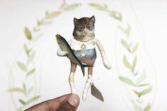 Nostalgische Wattefigur FilASophie Ornament Katze mit Fisch spun cotton ornament von FilASophie auf Etsy