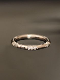 beautiful diamond wedding band