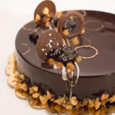 Torta Madalina - Madalina Pometescu - Ricette dolci e Fancy Desserts, Great Desserts, Modern Birthday Cakes, Torte Recipe, Modern Cakes, Sicilian Recipes, Tiny Food, Mousse Cake, Elegant Cakes