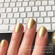 It's the upcoming OPI Mexico City Collection for Spring/Summer Let's look at all da swatches! Gorgeous Nails, Pretty Nails, Latest Nail Colours, Hello Kitty Opi, Opi Collections, Your Spirit Animal, Rosy Pink, Fall Nail Colors, Gel Color