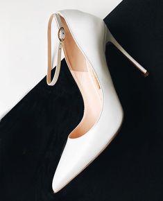 Rupert Sanderson Stiletto #fashion #vanessacrestto #shoes #stiletto #sandals #style