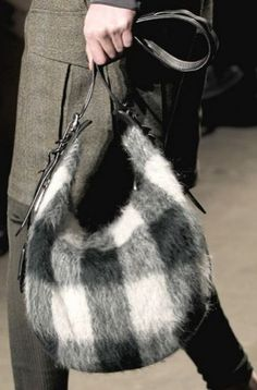 Handbags Fashion Design from the catwalks of New York fall winter 2014 ... More www.winterfashions.net