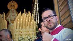 A 48 días de #PasionenJerez. Homenaje a los acólitos encendedores y su gran labor. Una foto de Jorge Corral. #EntrevaralesOJ