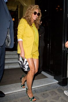Beyonce Knowles in Surface to Air
