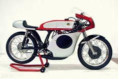 1968 Bultaco - Brilliant design for a fuel tank #caferacer | caferacerpasion.com