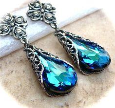 teardrop earrings. love these..